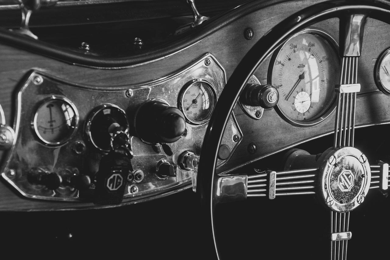 Les pratiques de restauration de voiture ancienne pour les petits budgets